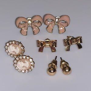 Girlie earring set